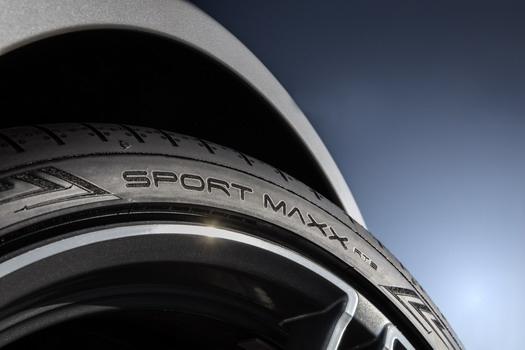 Novi Dunlopov letnji pneumatik Sport Maxx RT2