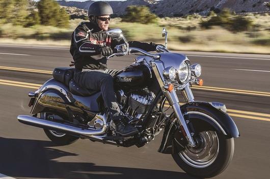 Dunlop: Sa novim pneumatikom Elite 4 motociklisti mogu da pređu do dvaput više kilometara