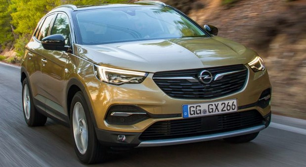 Opel Grandland X sa dizelašem od 177KS i osmostepenim automatikom po ceni od 27.240 evra