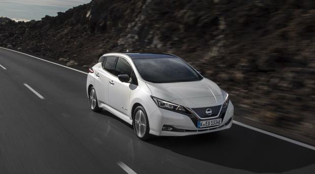 Nissan LEAF samo godinu dana od predstavljanja dobija sve pohvale širom Evrope