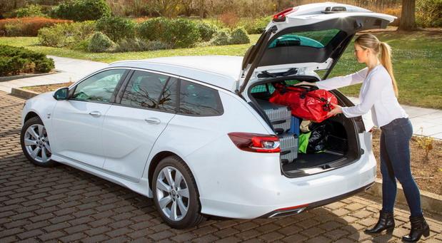Putujte bezbedno sa Opelovim automobilima i vanovima
