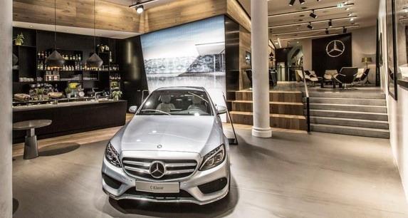 Daimler nastavlja uspešnu putanju: rekordni rezultati za broj prodatih jedinica, prihod i zarade u 2015.