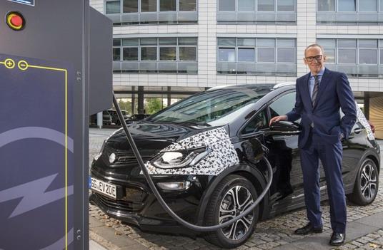 Nova Opel Ampera-e: Do autonomije od 150 kilometara za 30 minuta