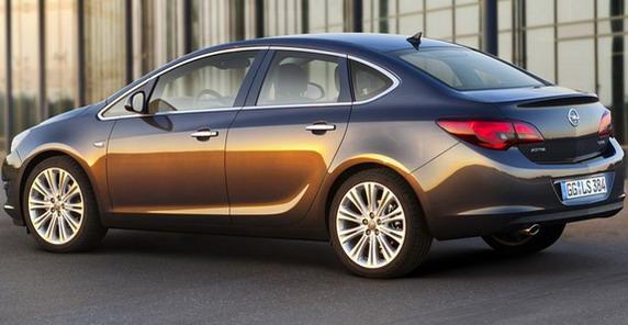 Opel Astra limuzina dizel po ceni od 14.698 evra