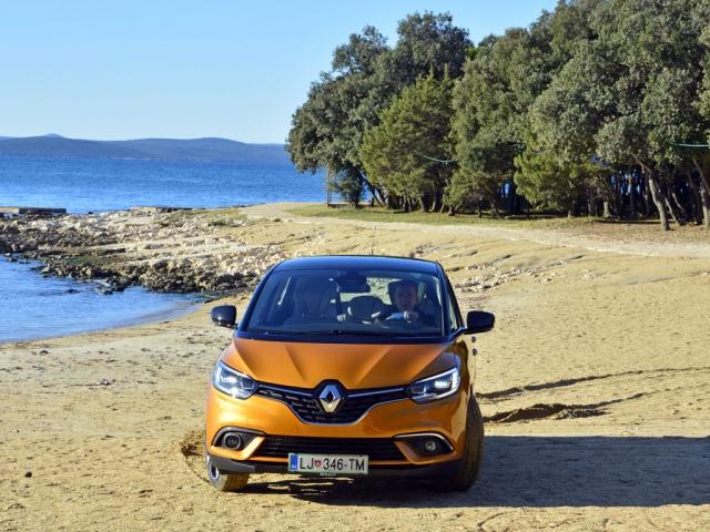 Novim Renault Scenicom do Jadrana