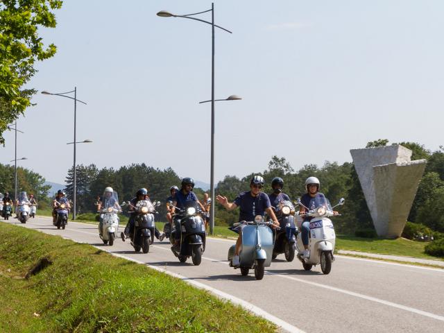 Skup ljubitelja vespi u Kragujevcu