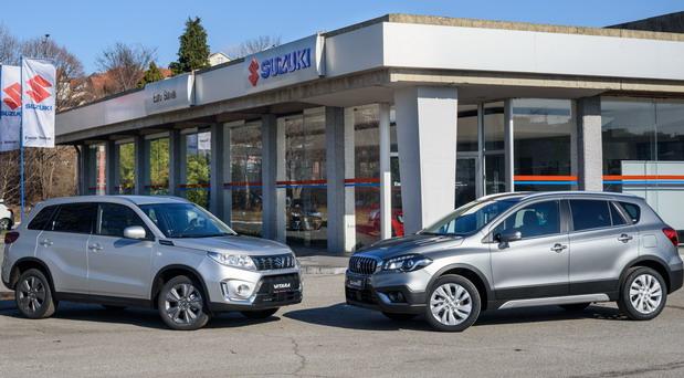 Poslednji kontingenti Suzukijevih automobila Vitara i S-Cross pre poskupljenja